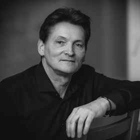 Tomasz Kostecki - Artysta - Galeria sztuki Art in House