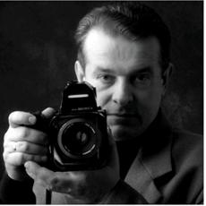 Bogdan Sarwiński - Artist - Art in House Gallery Online