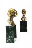 Rzeźba do salonu artysty Piotr Bubak pod tytułem Głowa kobiety 1