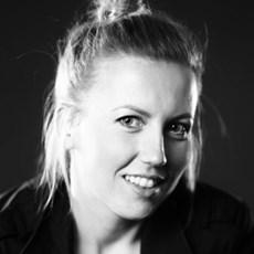 Jolanta Strzelczyk - Artysta - Galeria sztuki Art in House