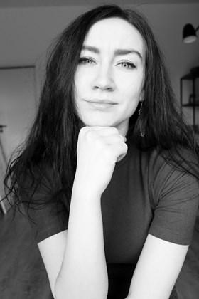 Katarzyna Doroba - Artist - Art in House Gallery Online
