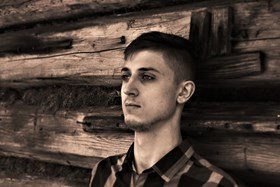 Szymon Dąbrowski - Artysta - Galeria sztuki Art in House