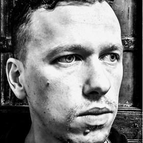 Marcin Myśliwiec - Artist - Art in House Gallery Online