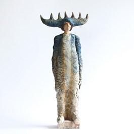 Rzeźba do salonu artysty Arek Szwed pod tytułem NIEBIESKI PAN LASU