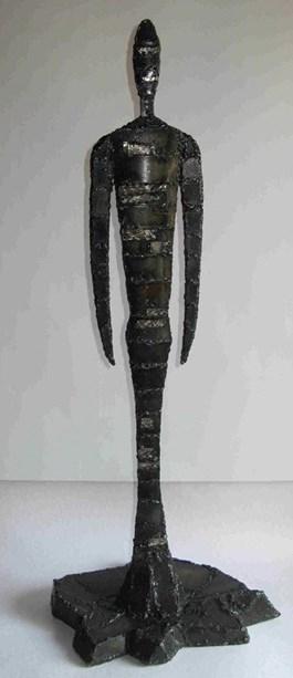 Rzeźba do salonu artysty Wit Bogusławski pod tytułem Postać