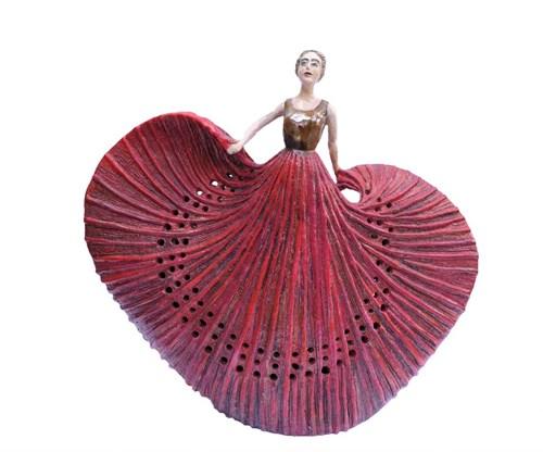 Rzeźba do salonu artysty Marta Wasilczyk pod tytułem Czerwona tancerka