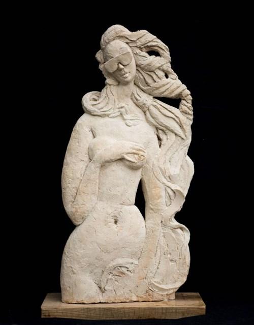 Rzeźba do salonu artysty Adam Kołakowski pod tytułem Wenus na wakacjach