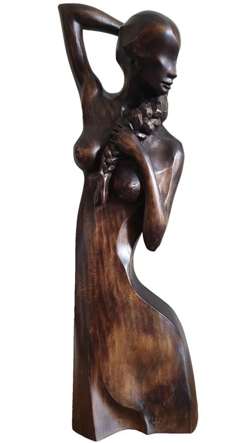 Rzeźba do salonu artysty Wojciech Jarocki pod tytułem Współczesna Magdalena