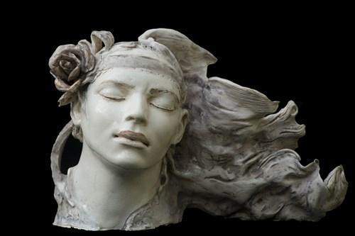 Rzeźba do salonu artysty JOANNA BRUŹDZIŃSKA pod tytułem Nimfa