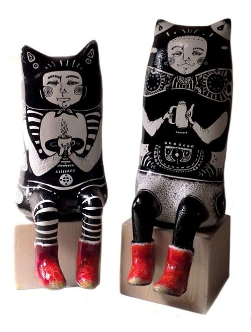 Rzeźba do salonu artysty Natalia Pastuszenko pod tytułem Kotki poranne