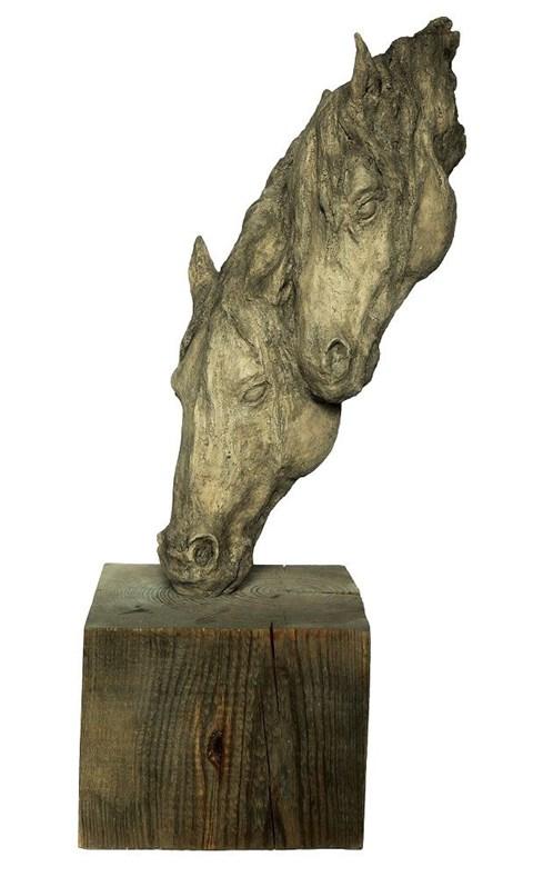 Rzeźba do salonu artysty Ewa Jaworska pod tytułem Spragnieni
