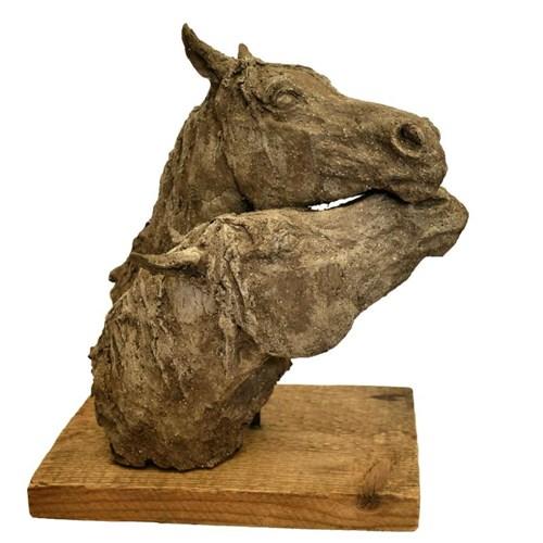 Rzeźba do salonu artysty Ewa Jaworska pod tytułem Razem