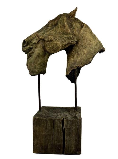 Rzeźba do salonu artysty Ewa Jaworska pod tytułem Mama-córka