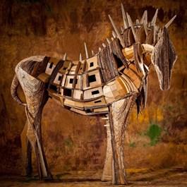 Rzeźba do salonu artysty Kamila Karst pod tytułem Kataphraktos