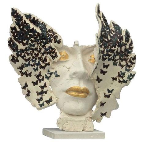 Rzeźba do salonu artysty Jacek Opała pod tytułem Inwazja motyli