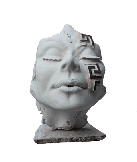 Rzeźba do salonu artysty Jacek Opała pod tytułem Bogini odnaleziona II