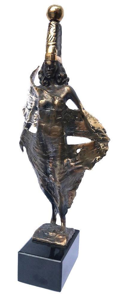 Rzeźba do salonu artysty Tomasz Sętowski pod tytułem Ulotna
