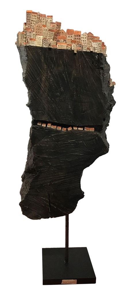Rzeźba do salonu artysty Anna Luteracka pod tytułem Wielka Rysa