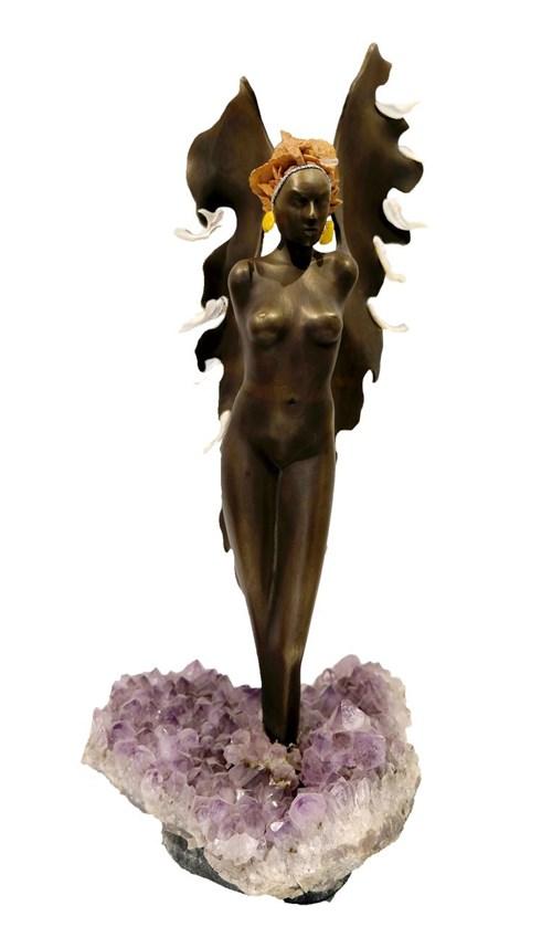 Rzeźba do salonu artysty Jacek Sumeradzki pod tytułem Anioł