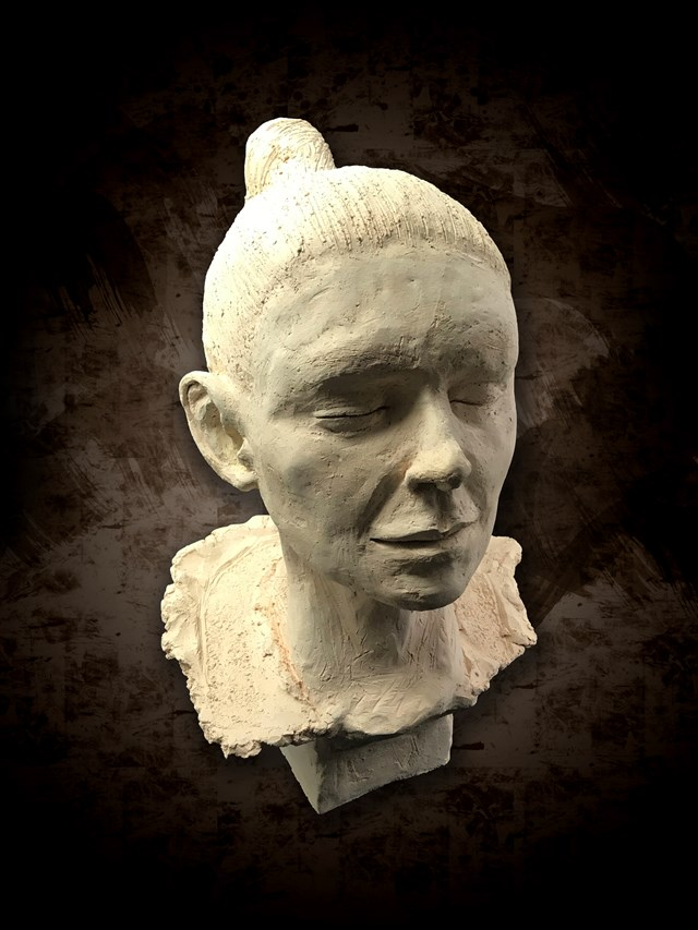 Rzeźba do salonu artysty Mariusz Potyszka pod tytułem Calm