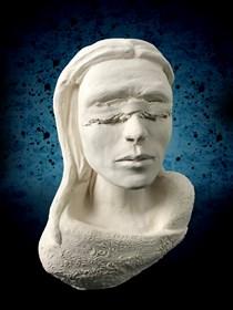 Rzeźba do salonu artysty Mariusz Potyszka pod tytułem Justice