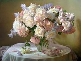 Obraz do salonu artysty Zbigniew Kopania pod tytułem Martwa natura z peoniami i różowym tiulem