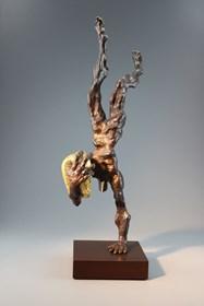 Rzeźba do salonu artysty Tomasz Koclęga pod tytułem Exercitiis cum Thesauris