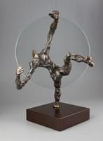 Rzeźba do salonu artysty Tomasz Koclęga pod tytułem Magnus circulus vitiosus