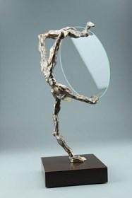 Rzeźba do salonu artysty Tomasz Koclęga pod tytułem Occulta Rotam