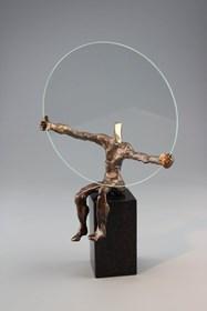 Rzeźba do salonu artysty Tomasz Koclęga pod tytułem Tenens Magnus Perfectum