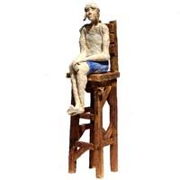 Rzeźba do salonu artysty Arek Szwed pod tytułem Obserwator