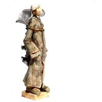 Rzeźba do salonu artysty Arek Szwed pod tytułem Wieczorny zbieracz burz