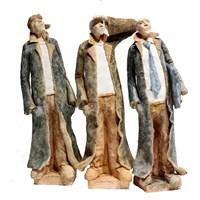 Rzeźba do salonu artysty Arek Szwed pod tytułem Trójka jesienna