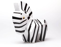 Rzeźba do salonu artysty Jakub Niewdana pod tytułem Mała Zebra 14/2020